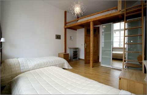 das 2 schlafzimmer. Black Bedroom Furniture Sets. Home Design Ideas